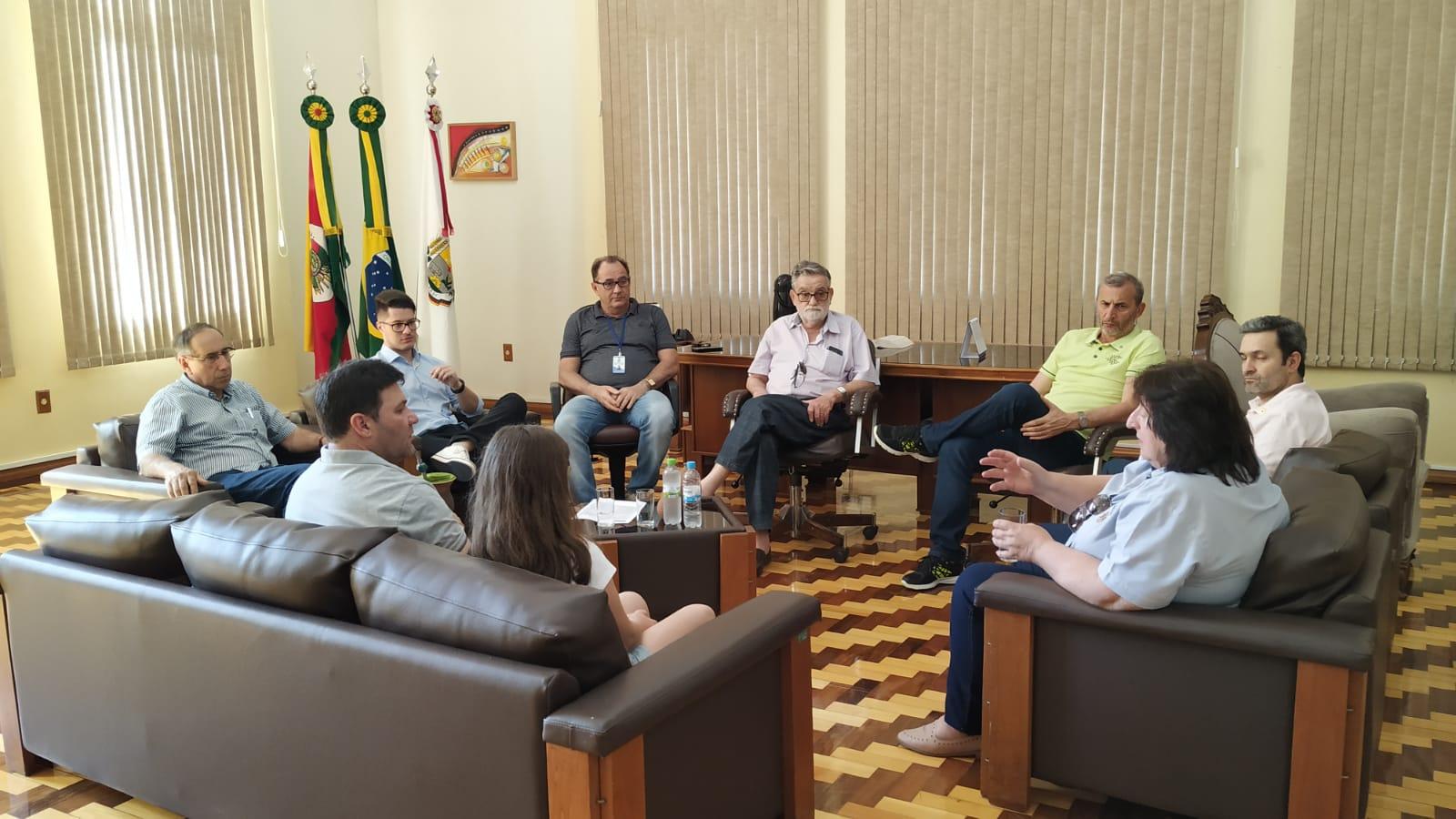 Lideranças discutem convênio entre Hospital de Olhos Lions e a prefeitura de Sarandi